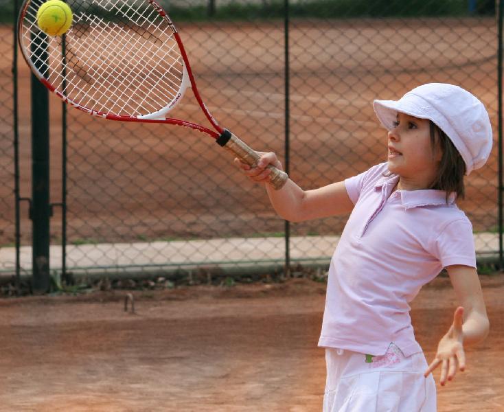 Exista o varsta limita la care ar trebui inceput tenisul?