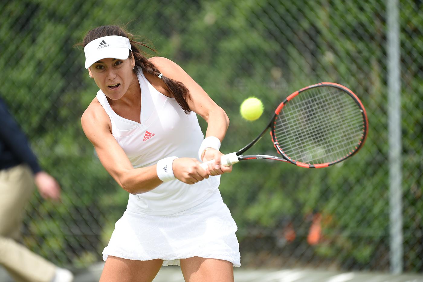 Romanii inainteaza greu in calificarile de la Wimbledon