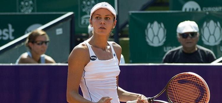 Andreea Mitu a câştigat semifinala românească