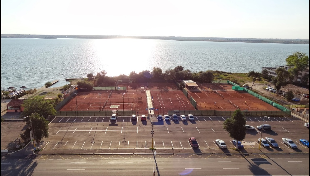 Tenis Club Easy Mamaia