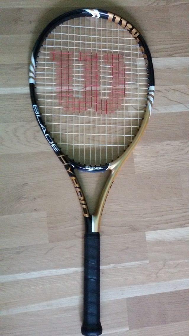 Racheta de tenis Wilson Blade Hybrid