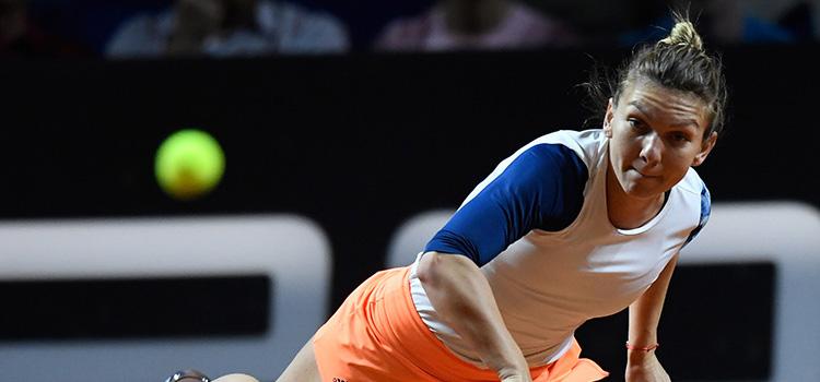 Simona Halep joacă, azi, pentru un loc în finala de la Stuttgart