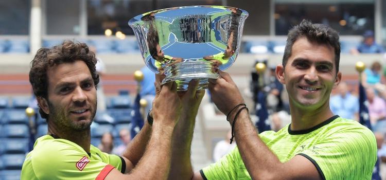 Tecău şi Rojer vor juca la Turneul Campionilor