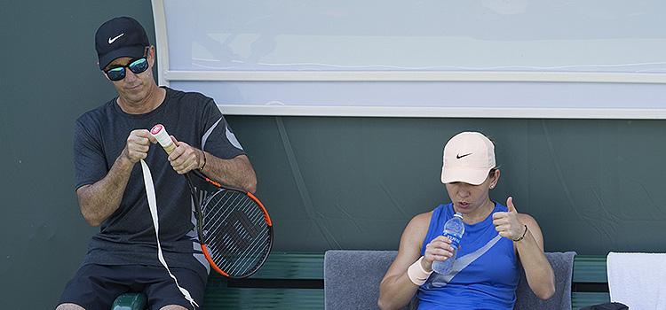 Imagini de la antrenamentul de marţi al Simonei Halep la Miami Open
