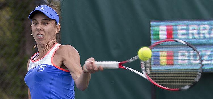 Mihaela Buzărnescu a pierdut la simplu, dar a învins la dublu
