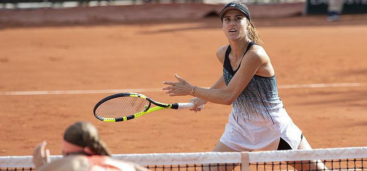 Imagini de la meciul Cirstea, Sorribes Tormo - Vesnina, Ostapenko din Turul 1 al probei de dublu
