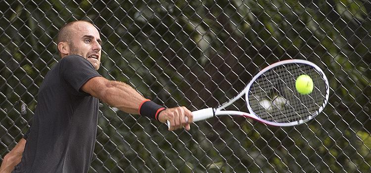 Imagini de la antrenamentul lui Marius Copil la Citi Open