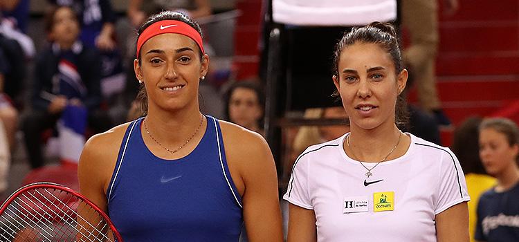 Imagini de la meciul Caroline Garcia - Mihaela Buzărnescu, al doilea al confruntării Franţa - România din semifinalele Fed Cup