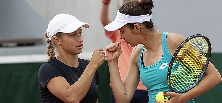 Imagini de la meciul Cristina-Andreea Mitu, Yulia Putintseva - Daria Kasatkina, Anett Kontaveit