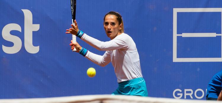 Imagini de la meciul Alexandra Cadantu - Kristýna Plíšková