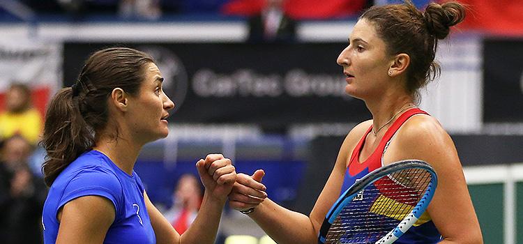 Begu şi Niculescu au trecut de primul tur la dublu