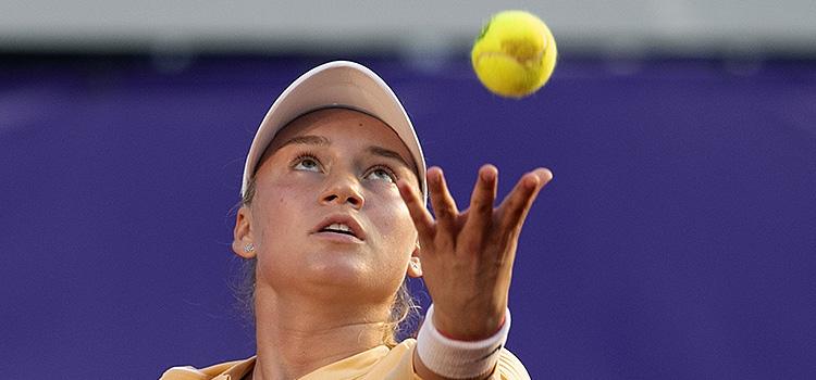 Imagini de la meciul Elena Rybakina - Martina Di Giuseppe 6-3, 6-2 din semifinale
